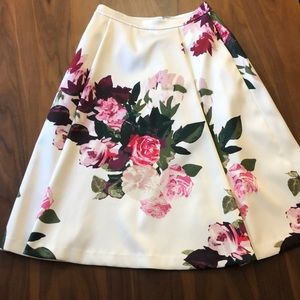 Vince Camuto floral skirt